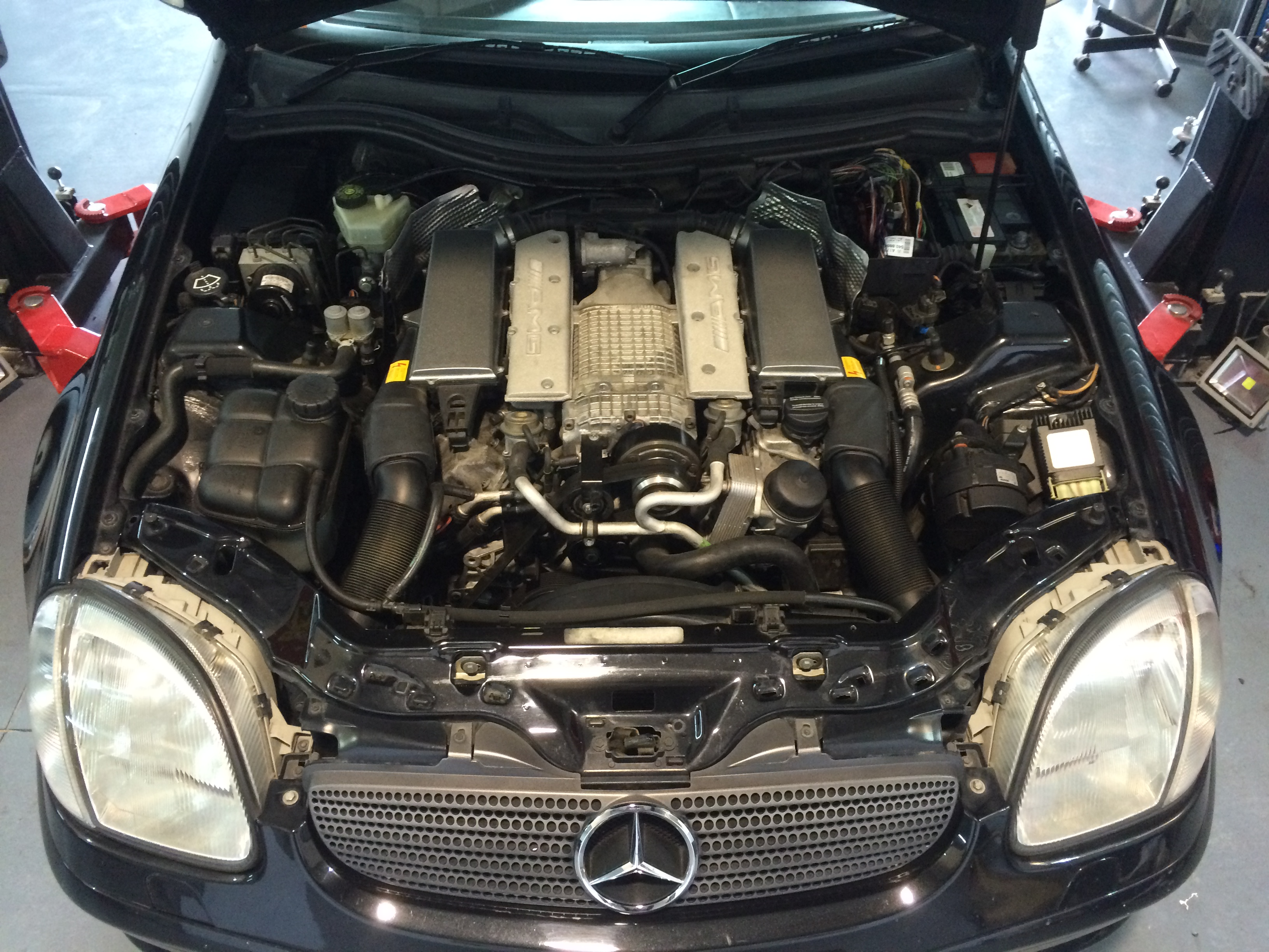 Mercedes-Benz SLK32 AMG ECU tuning & Performance Upgrade by